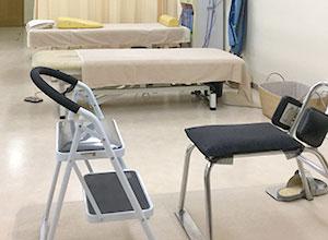背部矯正用の椅子(中国製)